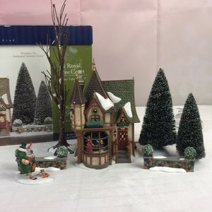 Department 56 1 Royal Tree Court Set